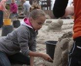 Hot Zone verzorgd op het strand van Wijk aan Zee; bedrijfsuitjes, evenementen, activiteiten, feesten,  vrijgezellenfeesten van zandbeeldhouwen tot blokarten.