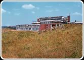 Hotel Het Hoge Duin is een unieke locatie die 30 meter boven de zeespiegel, op het duin en direct aan het strand ligt. Vanuit het hotel...