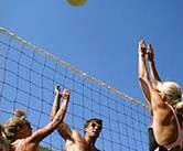 Hot Zone verzorgd op het strand van Wijk aan Zee; bedrijfsuitjes, evenementen, activiteiten, feesten,  vrijgezellenfeesten van beach volleybal tot blokarten.
